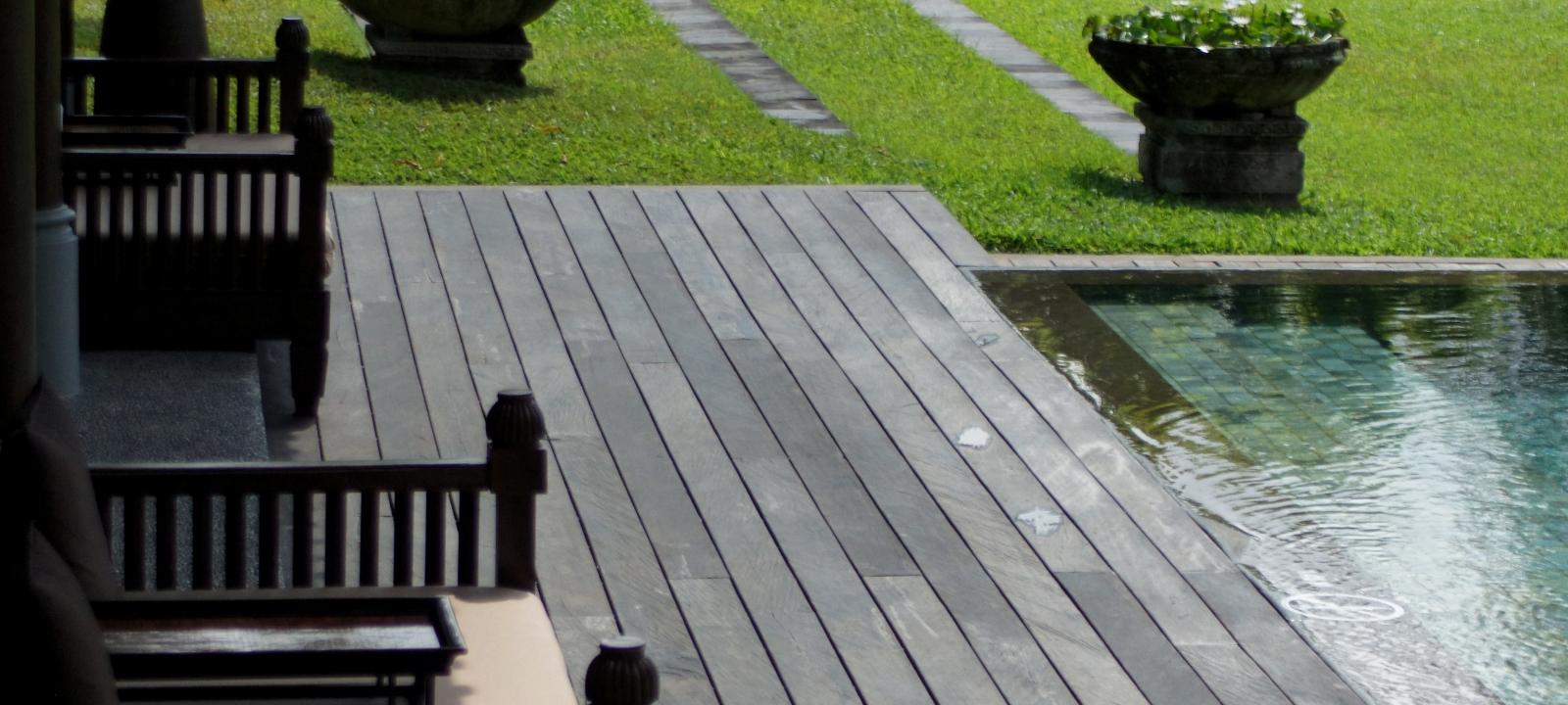 Chedi Club Ubud decking installation